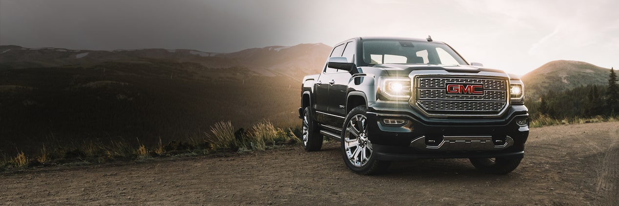 Qualified buyers can get a great deal on the 2018 GMC Sierra 1500/Denali they finance through GM Financial.