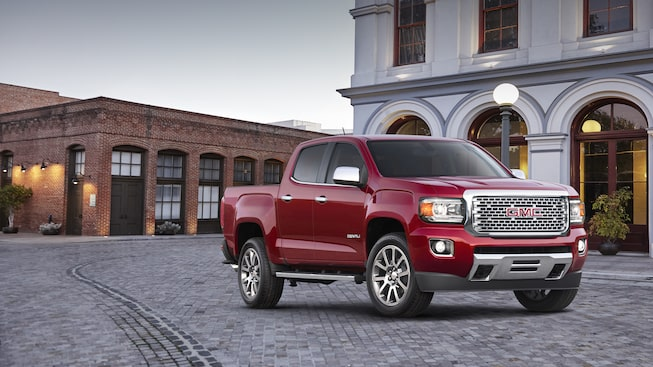 2019 GMC Canyon Small Pickup Truck Front Side Exterior
