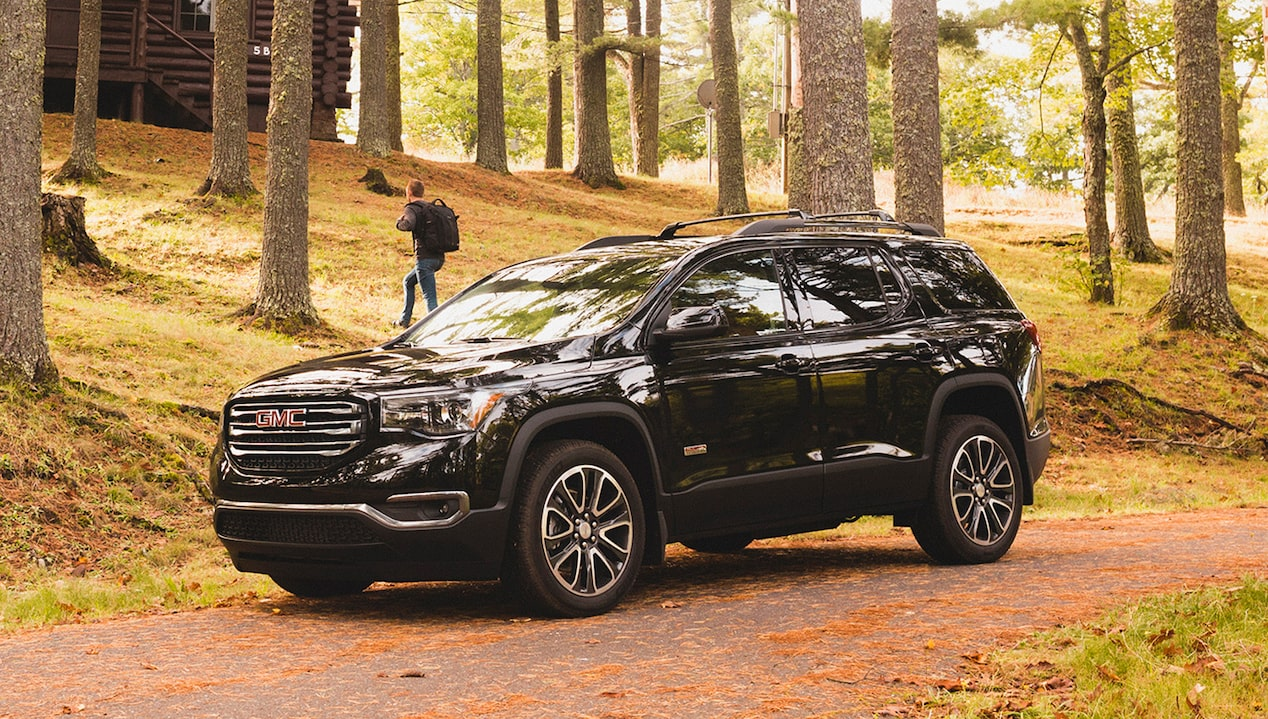 Explore the 2018 GMC Acadia mid-size SUV.
