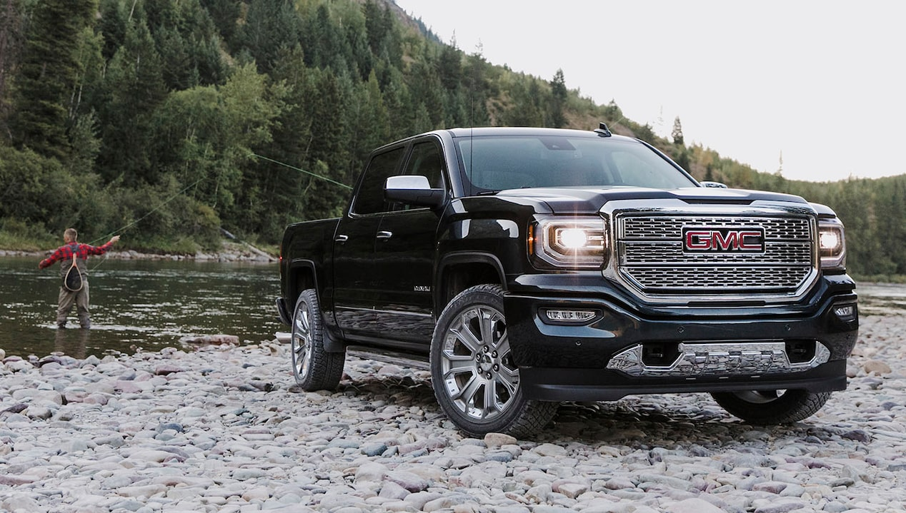 2018 GMC light duty pickup truck