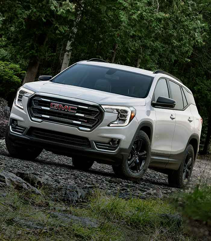 2021 GMC Terrain Small SUV: Front View