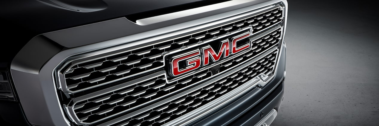 Photo showing redesigned grille of the new 2019 GMC Sierra 1500 light-duty pickup truck.