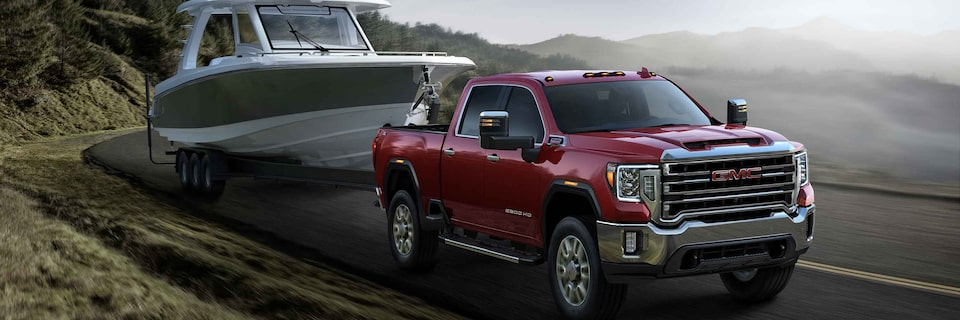 2021 GMC Sierra Truck towing a boat