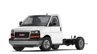 Image of the 2018 GMC Savana Cutaway industrial van.
