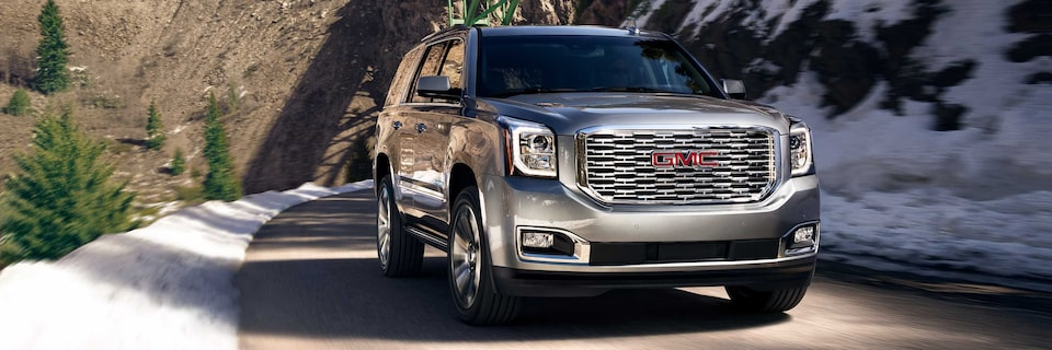 2020 GMC Yukon Full-Size SUV Front Grille View