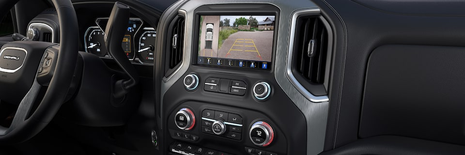 2020 GMC Denali Interior Dashboard with Rear Back Up Camera