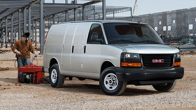 2020 GMC Savana Cargo Van: Swingout door