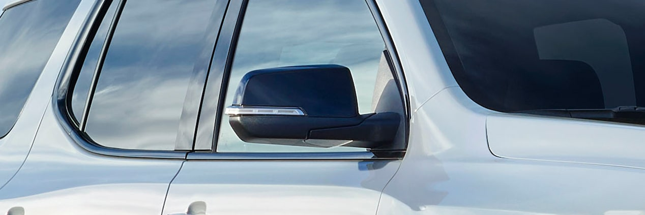 2020 GMC Acadia AT4 Mid-Size SUV: exterior side mirror & windows