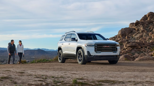 2020 GMC Acadia AT4 Mid-Size SUV: front angle view
