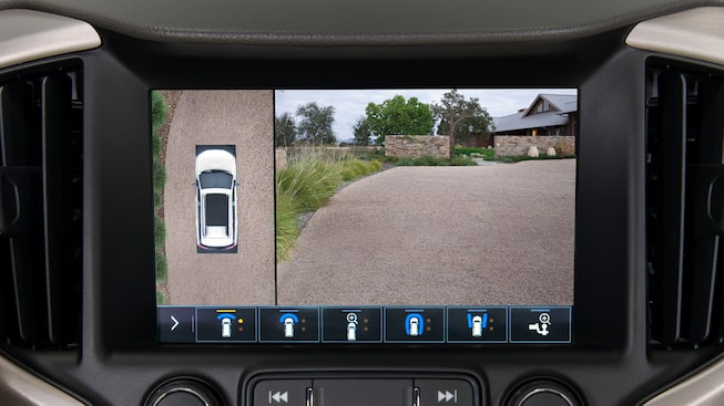 2020 GMC Terrain Denali surround vision technology