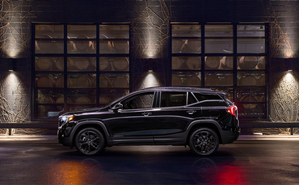 2020 GMC Terrain special edition elevation edition side