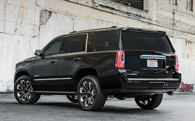 2020 GMC Yukon Denali Ultimate Black Edition full size SUV rear image