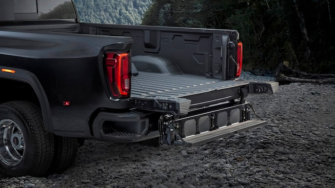 Next Generation Sierra HD Truck: Multipro Tailgate