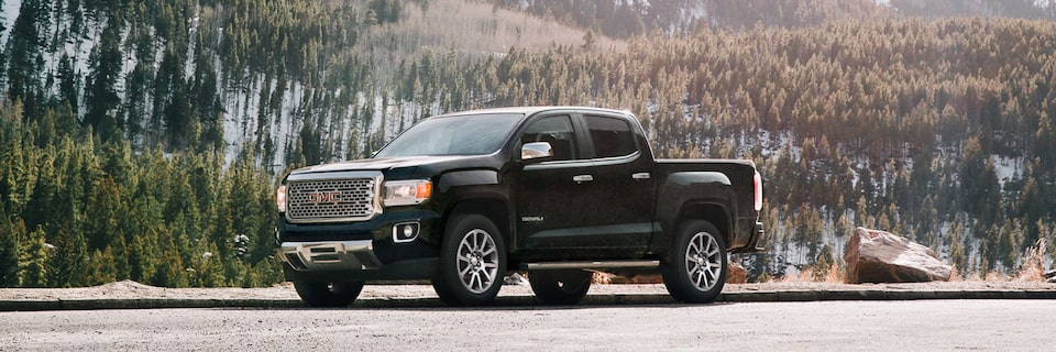 2020 GMC Canyon Denali Luxury Compact SUV Front Angle for Exterior Features Page