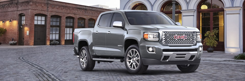 2020 GMC Canyon Luxury Small Pickup Truck Front Angle Image for Details Page