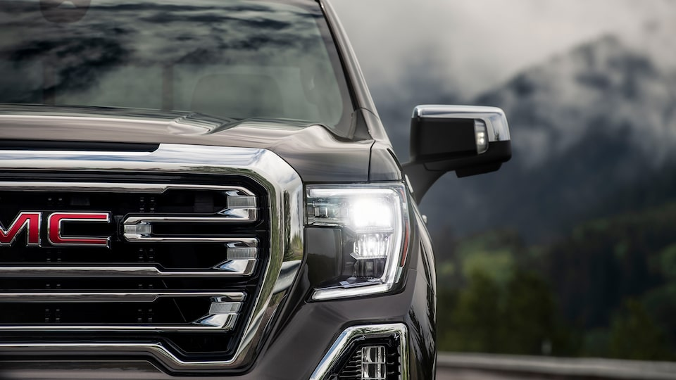 2020 GMC Sierra 1500 Pickup Truck: exterior led headlights