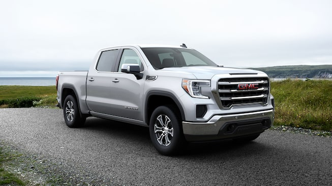 2020 GMC Sierra 1500 Pickup Truck: exterior front profile view