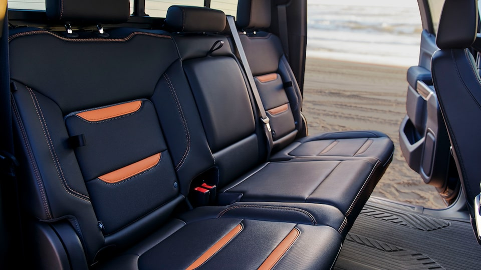 2020 GMC Sierra AT4 Off Road Truck: rear seats