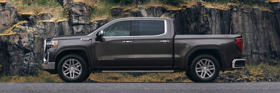 2020 GMC Sierra 1500 Pickup Truck: exterior side profile view