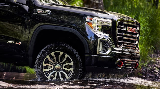 Exterior Features | 2020 GMC Sierra 1500 AT4 | Off-road Truck