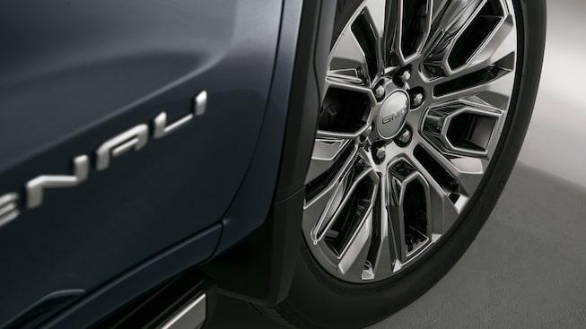 Exterior Features | 2020 GMC Sierra 1500 Denali | Luxury Truck