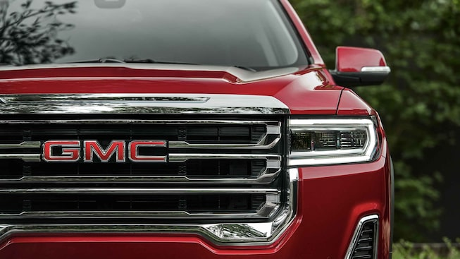 2021 GMC Acadia Mid-Size SUV Exterior Front Grille Close Up