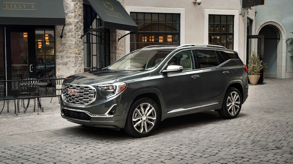 2021 GMC Terrain Small SUV with Automatic Parking Assist