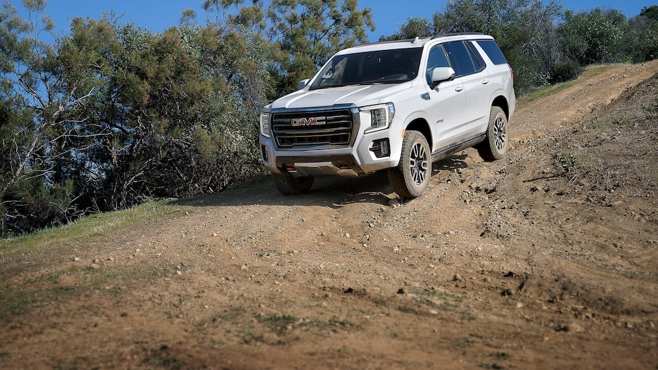 2021 GMC Yukon Full size SUV with Descending with Hill Descent Control