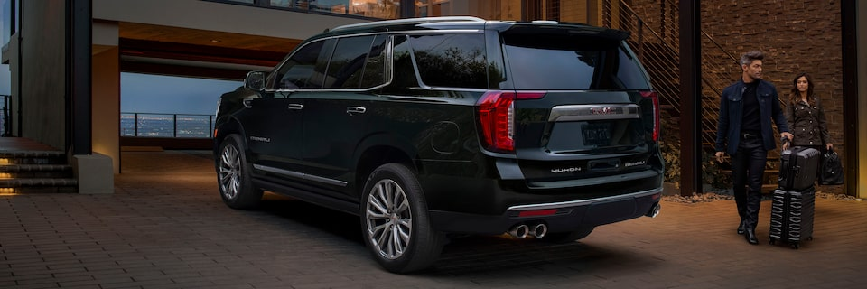 2021 GMC Yukon Full size SUV Exterior Rear Side View