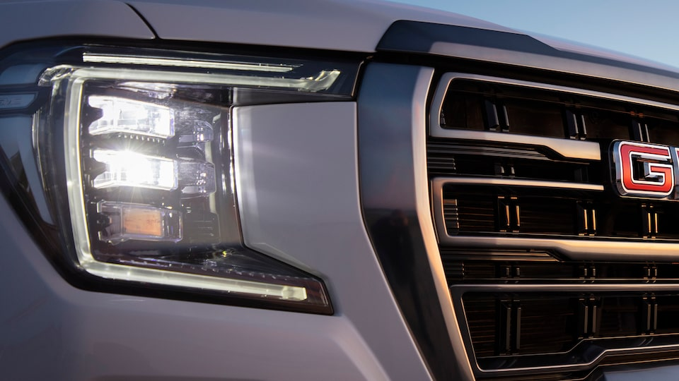 2021 GMC Yukon Full size SUV Exterior Front Headlamp View