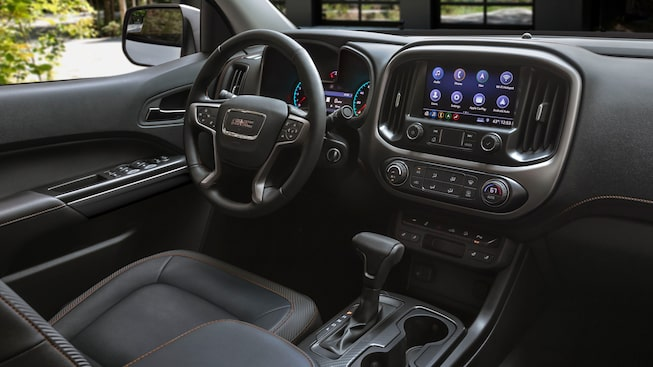 2021 GMC Canyon Denali interior dashboard