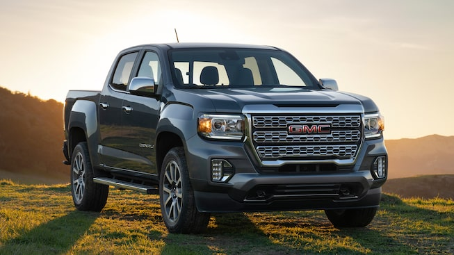 2021 GMC Canyon Denali Small Luxury Truck front grille