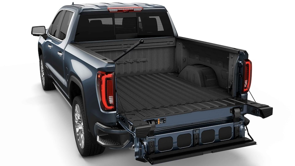 2021 GMC Sierra 1500 Pickup Truck with full-width step