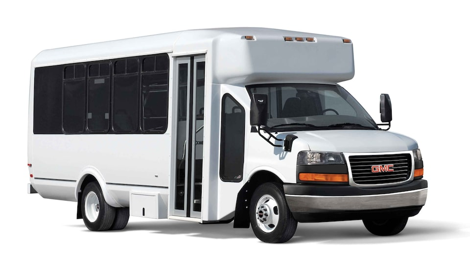 2021 GMC Savana Cutaway Van: Shuttle Bus